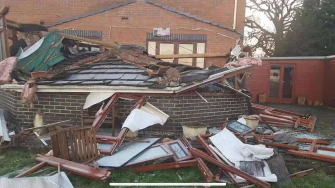conservatory roof collapse