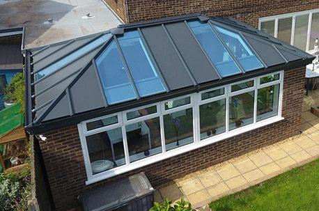 Modern style conservatory livinroof