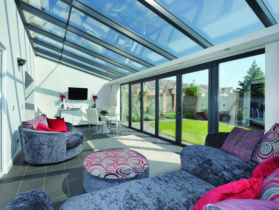 Modern style lean-to conservatory