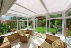 Polycarbonate lean-to roof