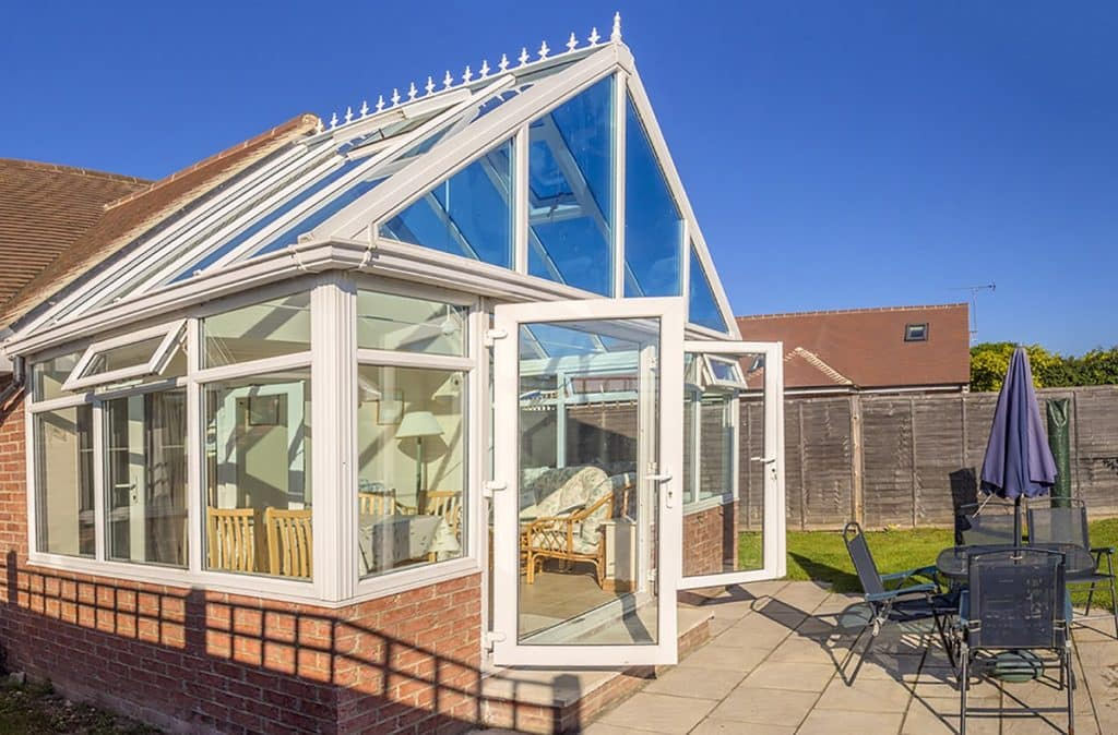 ventilation keep a conservatory cool