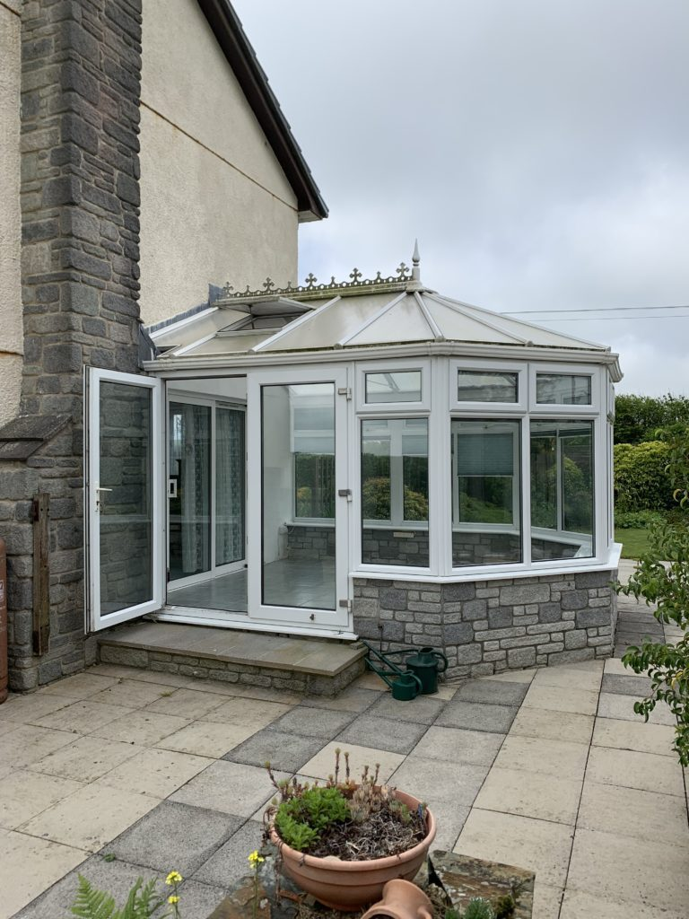 Polycarbonate conservatory roof replacement