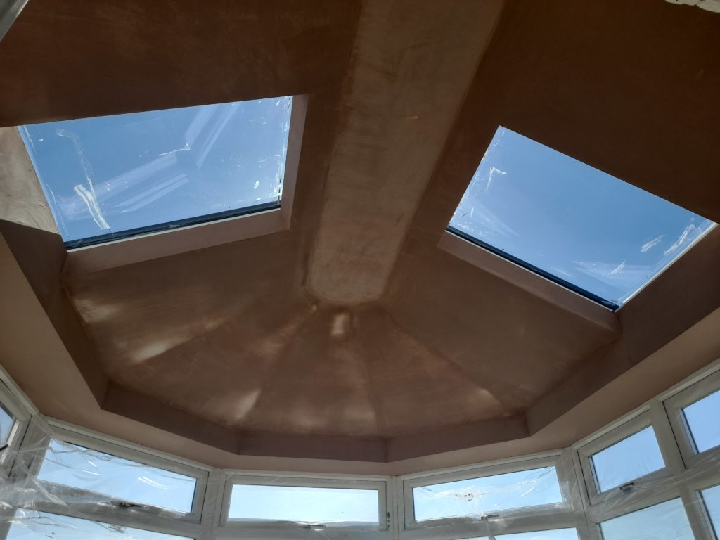 Plkastered livinroof ceiling