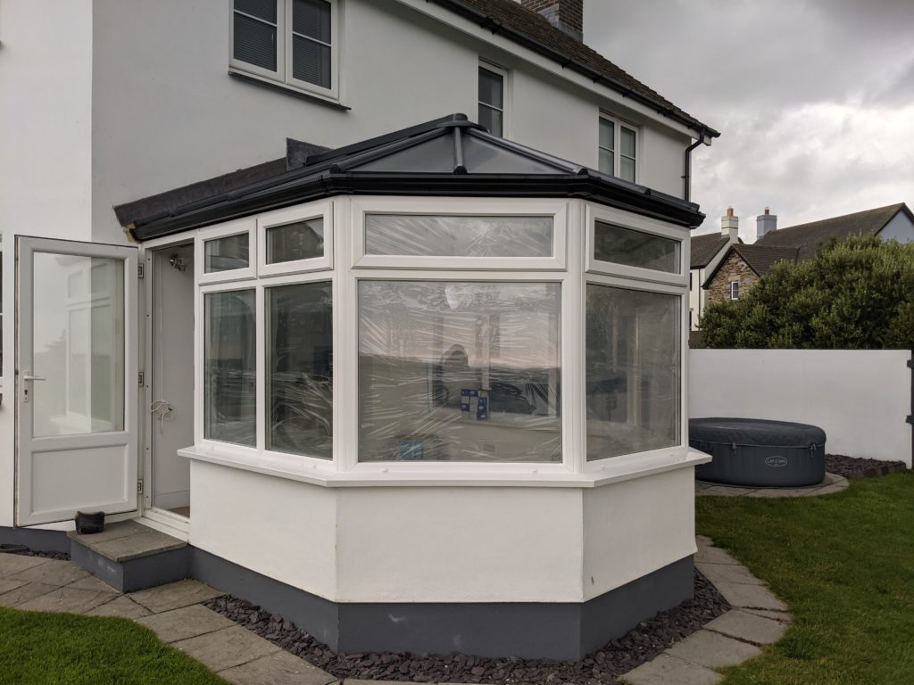 Livinroof contemporary roof
